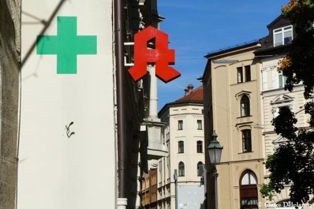 Munich signs