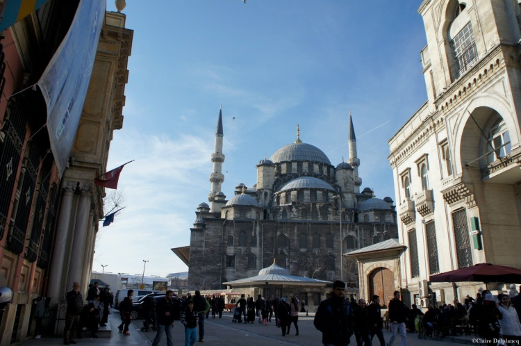 istanbul-mosque-street