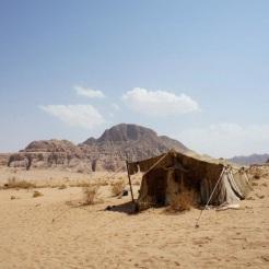 jordan-wadi-rum-bedouin-tent