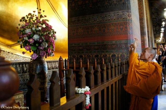 thailand-bangkok-watpho-monk