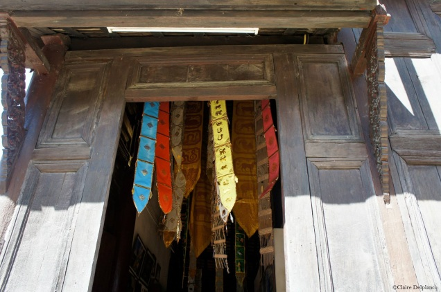 thailand-chiangmai-temple-door
