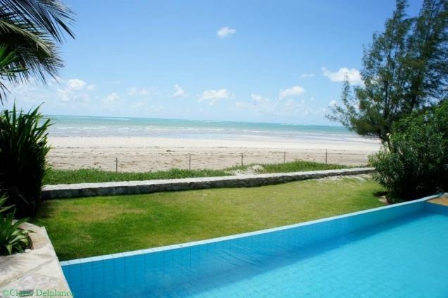 brazil-sea-swimming-pool