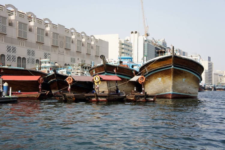 dubai-river-old-boats