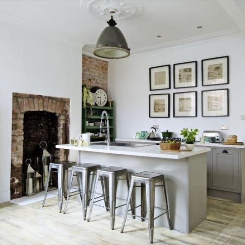 Gallery wall interior design inspiration
