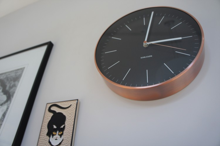 Karlsson minimal copper clock