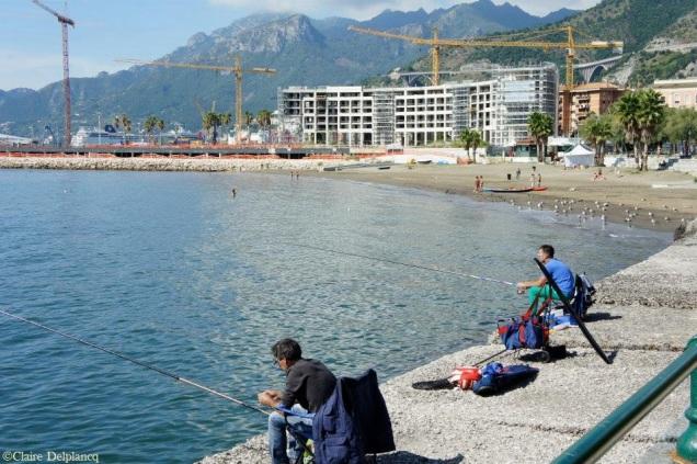 Italy-Amalfi-Coast-Salerno-fishermen