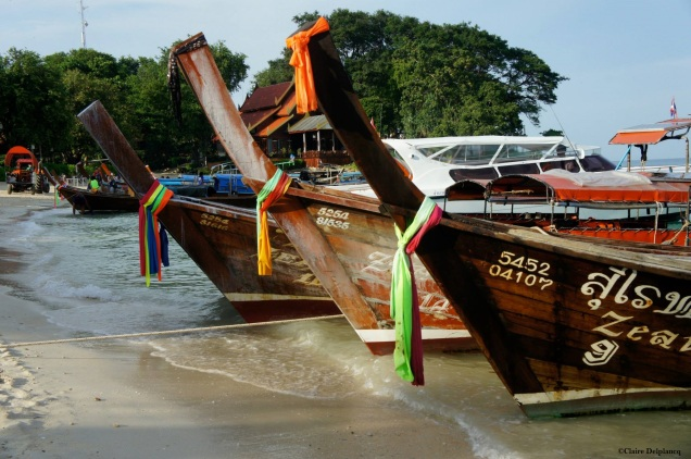 Thailand-Koh-Phi-Phi-long-boats