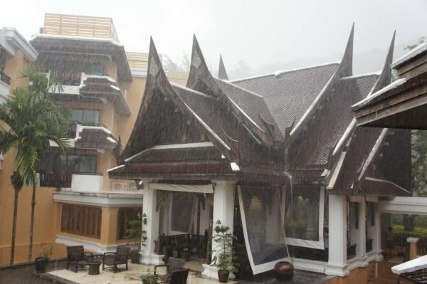 Monsoon Thailand Krabi