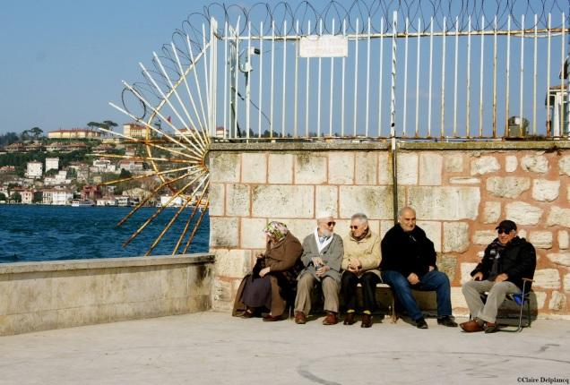 Turkey-Istanbul-group-sun