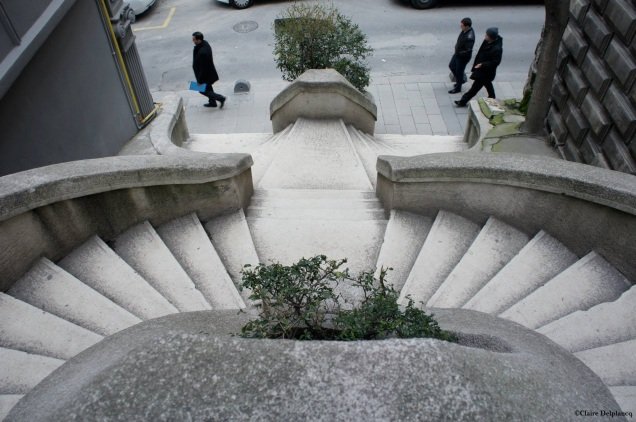 Turkey-Istanbul-Kamondo-stairs