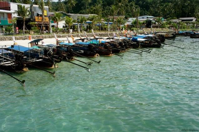Thailand-Koh-Phi-Phi-boats