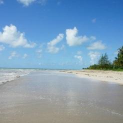 Brazil-beach-white-sand-2
