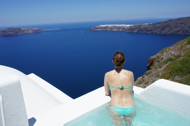 Plunge pool at Grace Hotel Santorini