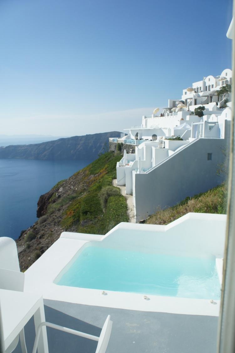 Plunge pool at Grace Hotel Santorini