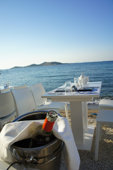 Glafkos Taverna terrace Naoussa