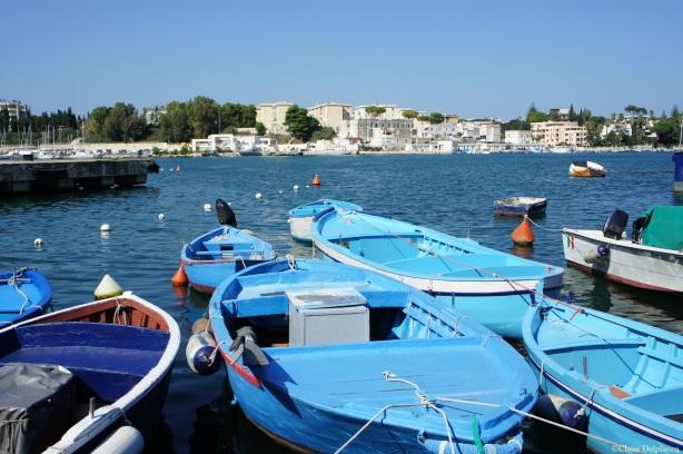 Blue boat Brindisi