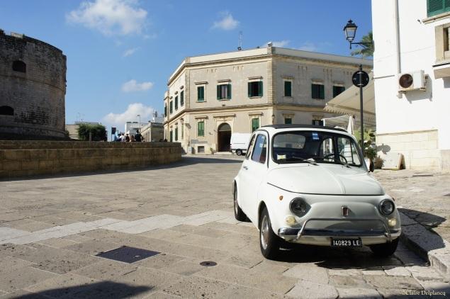 Puglia Otranto white Fiat 500