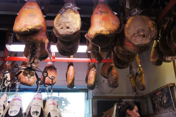 Antica Macelleria Falorni hams
