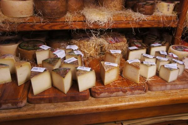 Antica Macelleria Falorni cheeses