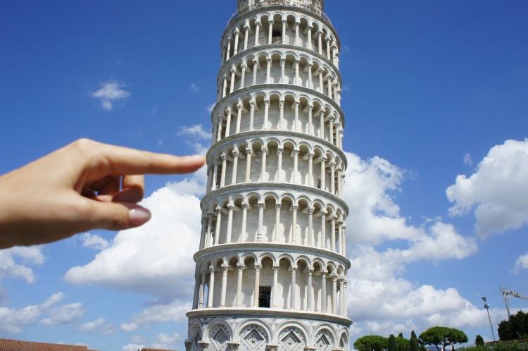 Claire Imaginarium Leaning Tower of Pisa