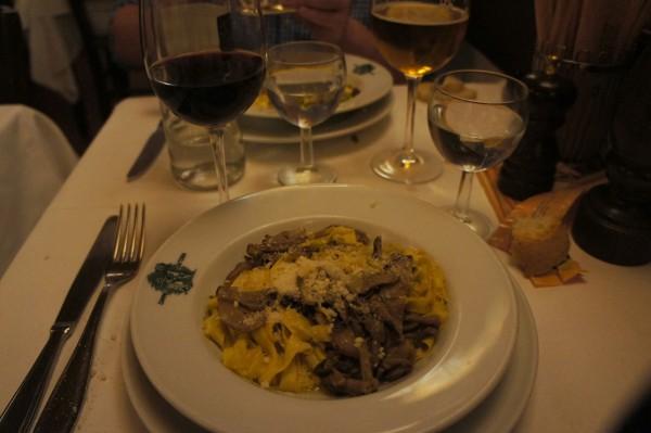 Trattoria Cammillo mushroom truffle pasta