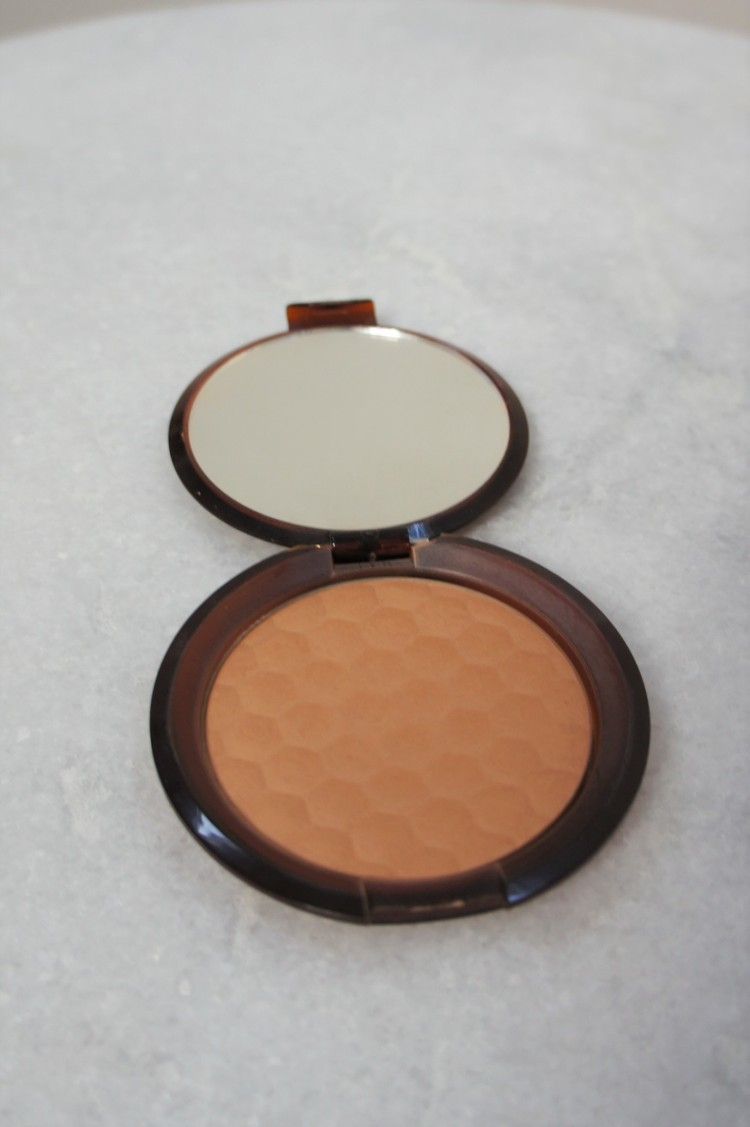 The Body Shop Honey Bronze powder