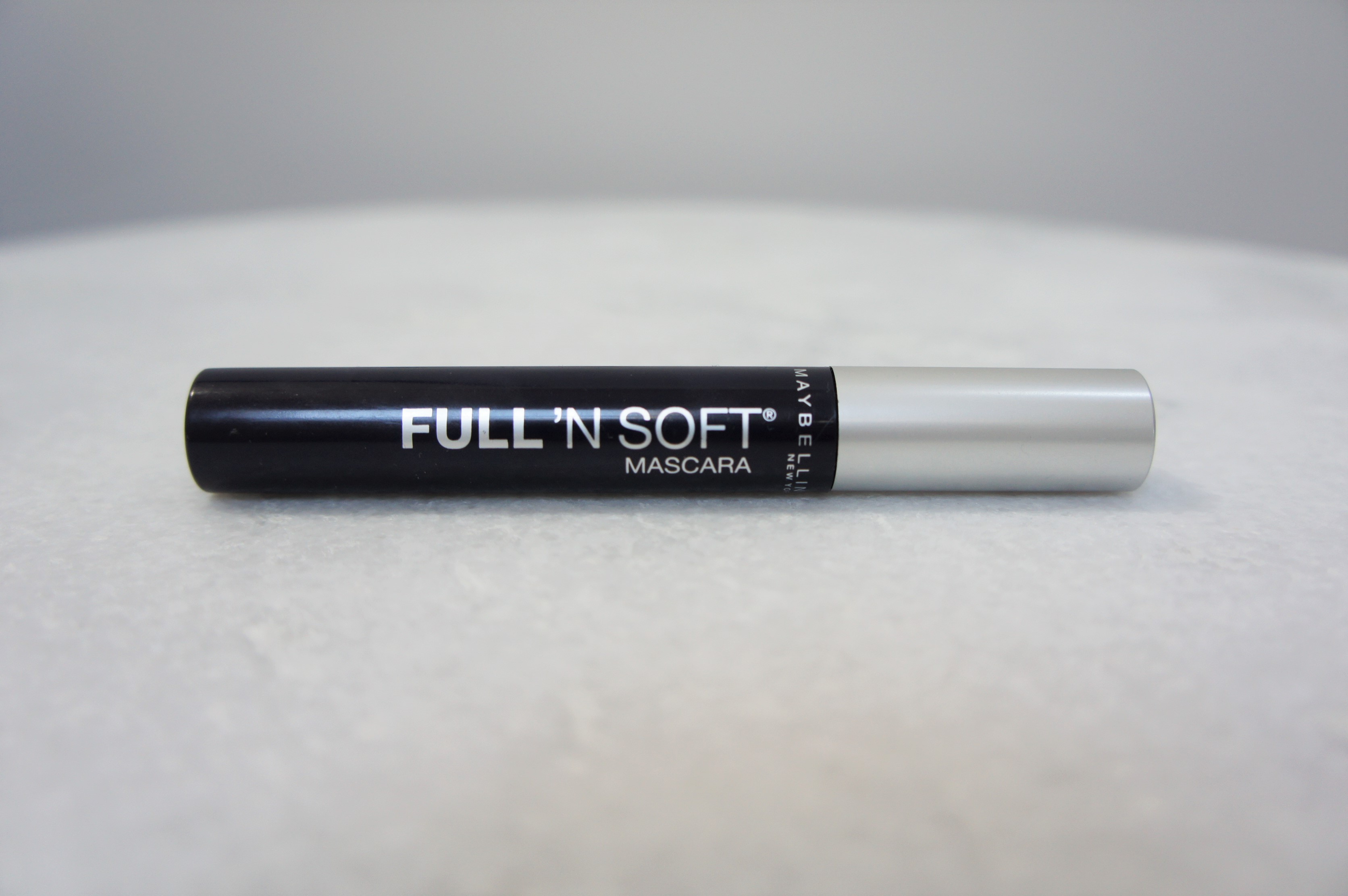 Maybelline Full 'N Soft mascara