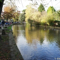 Bourton-on-the-Water river