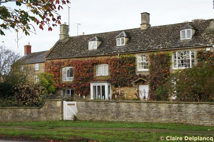 House red leaves Kingham
