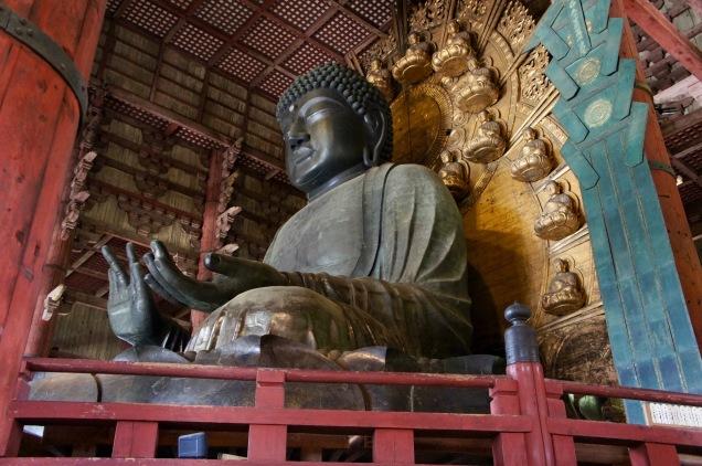 Tōdai-ji giant buddha