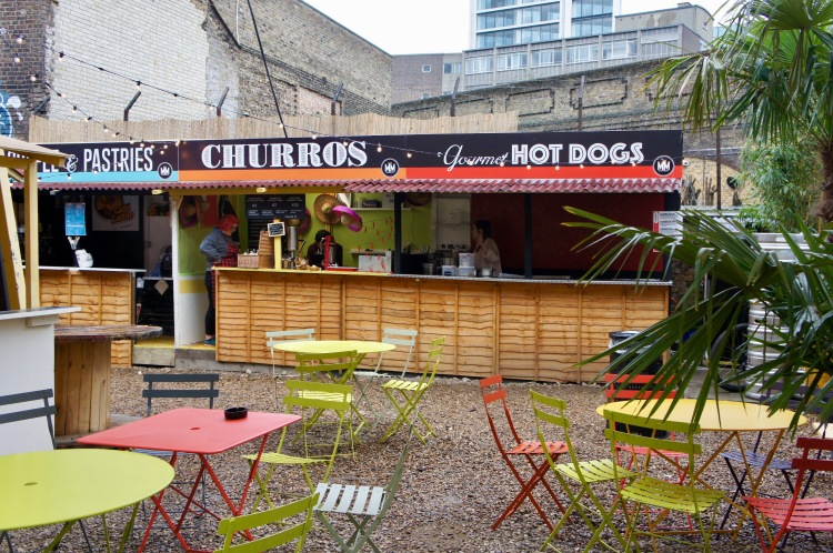 Mercato Metropolitano London outdoor area