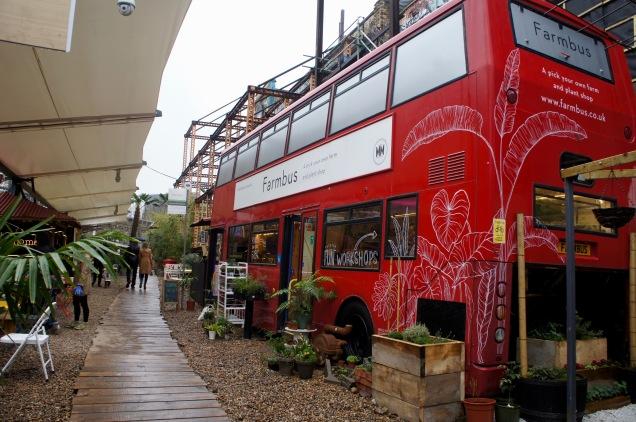 Mercato Metropolitano RootLabs bus