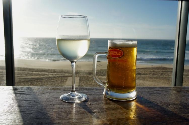 Santa Cruz beach bar