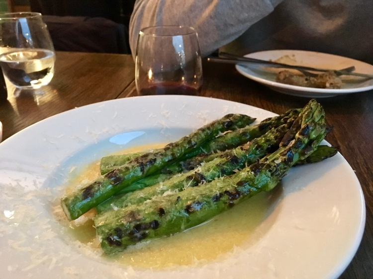 Grilled asparagus in Sparrow