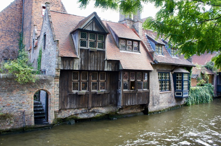 A day in Bruges - canal