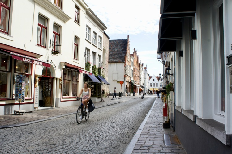 A day in Bruges - street