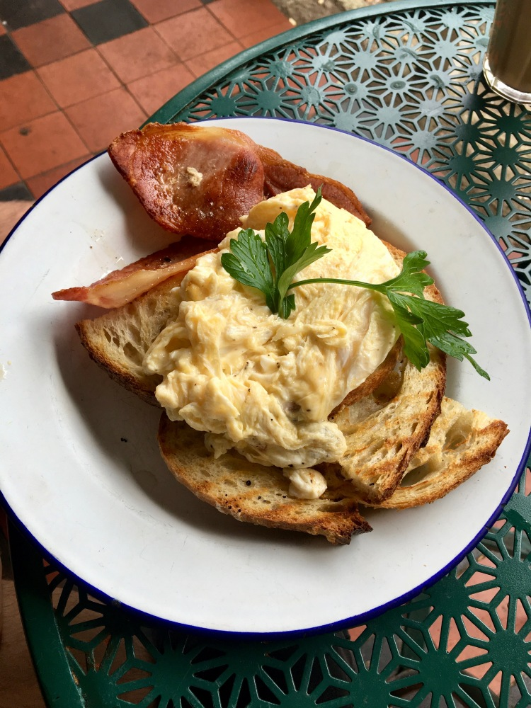 Bacon and eggs at Brown Green Cafe