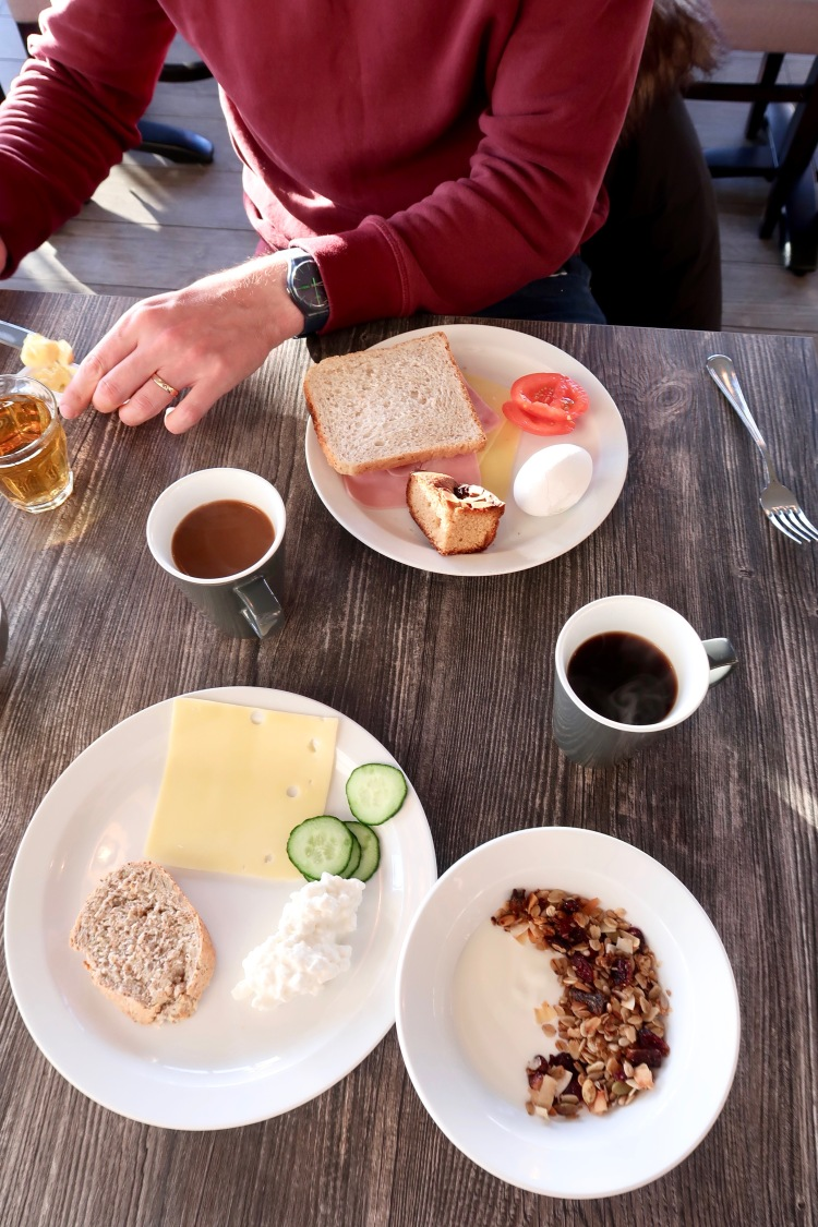 Breakfast - 6 easy ways to save money on food and drink in Iceland