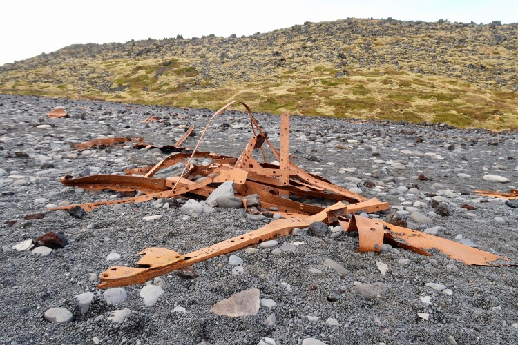 Epine GY7 boat wreckage