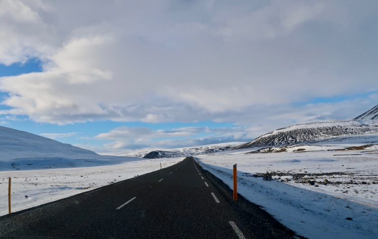 Snow during roadtrip in Iceland