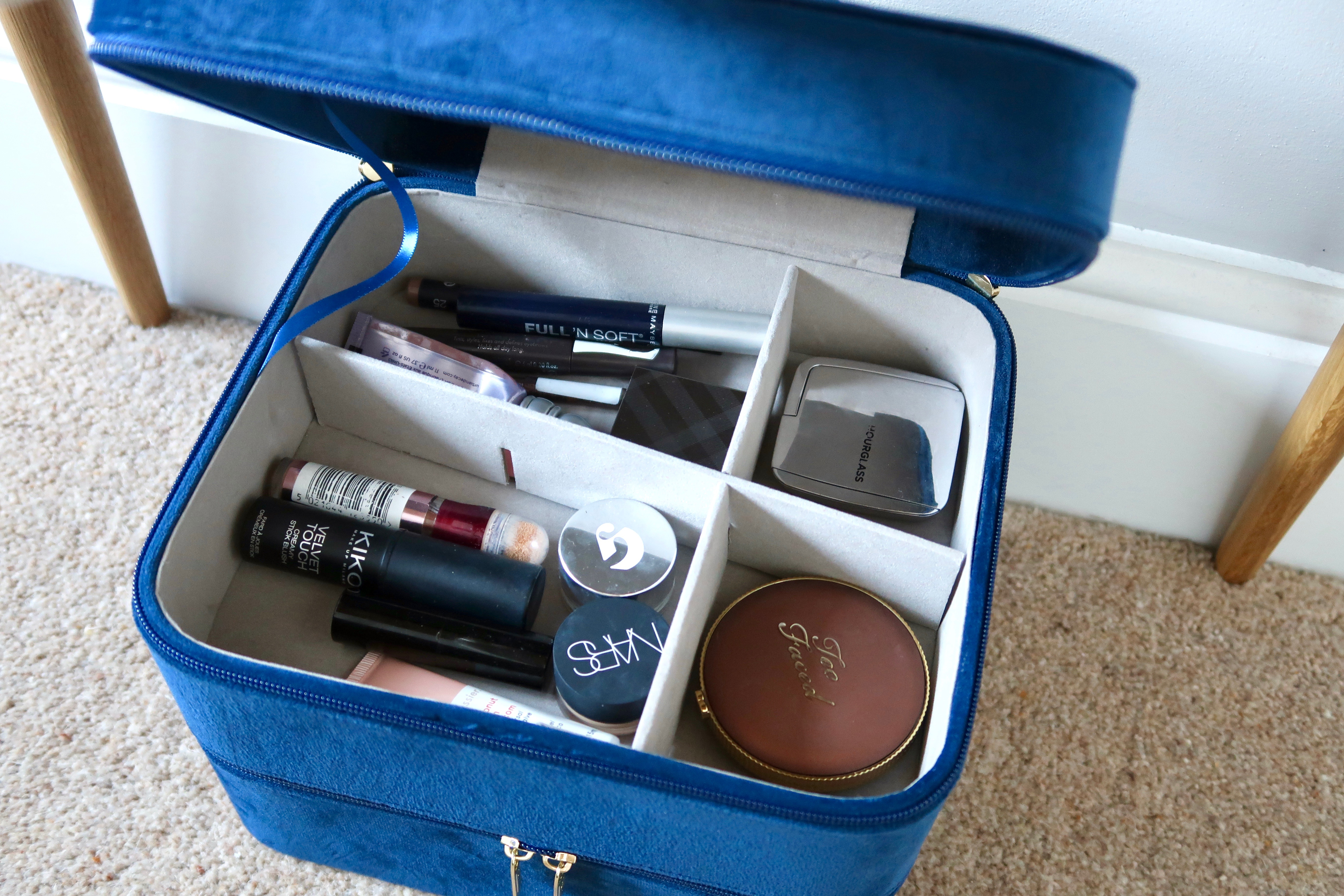 Beautify Navy Velvet makeup case